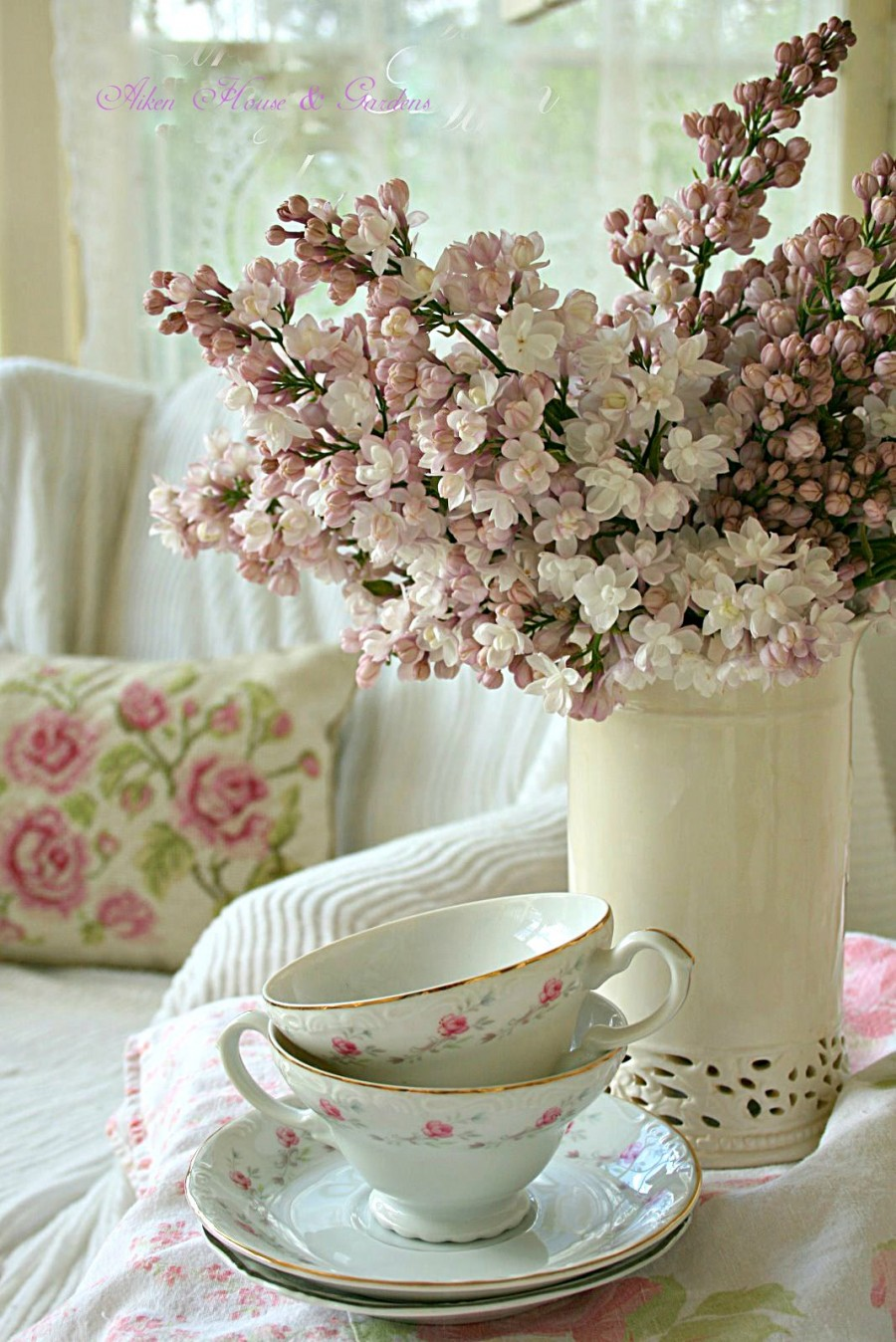 tea-cups-IMG_0260-789892.jpg