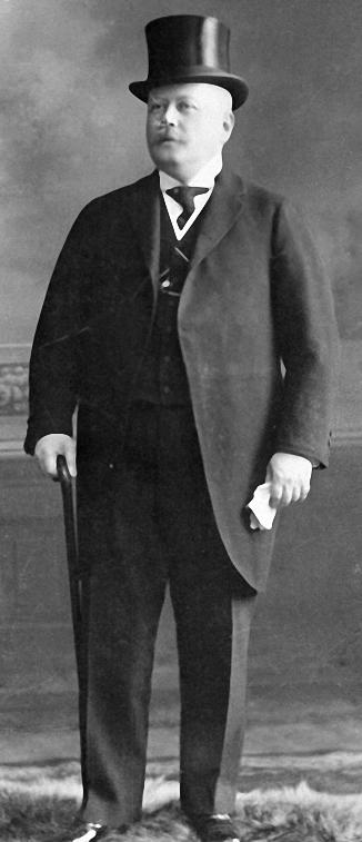 Михаил Эйзенштейн, отец «броненосного» режиссера, «Рижский Гауди»